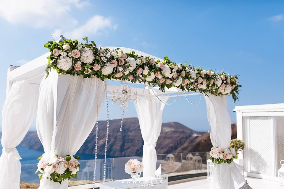 Le Ciel Weddings Santorini Vangelis Photography Bettys Flowers