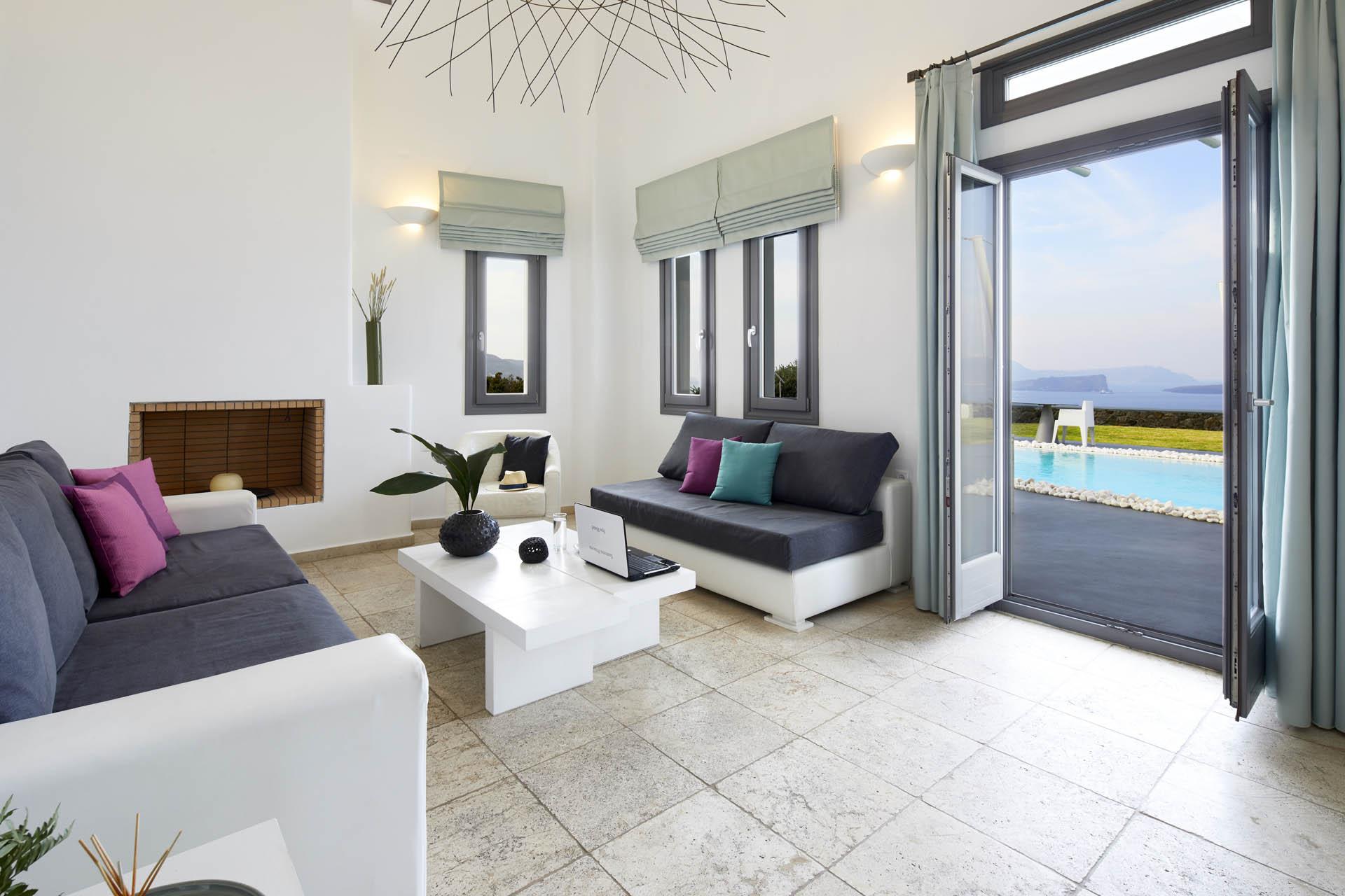 private villas in santorini